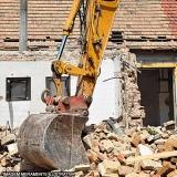demolição de casa Retiro