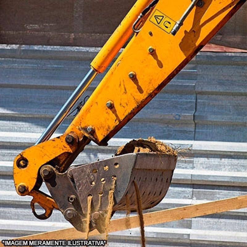 Escavação com Retroescavadeira Pinheirinho - Escavação Mecanizada