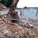 demolição e retirada do material