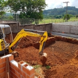 Escavação de piscina com escavadeira contratar serviço Vila Hortolândia