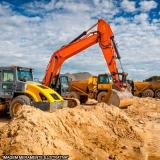 Escavação de valetas Lagoa