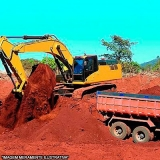 terraplanagem com caminhão de terra Vila Militar